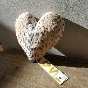 Leopard Print Super Soft Pillow Atsuyo Et Akiko